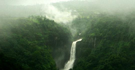 overivew of Khandala, Maharashtra hill stations, getaways from Mumbai, cheap flights to mumbai