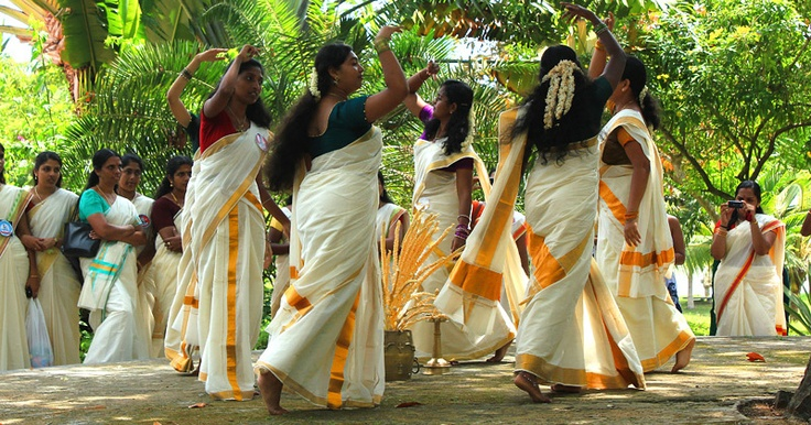 onam dance, onam festival celebration detail, kerala festivals, cheap flight tickets to Indias
