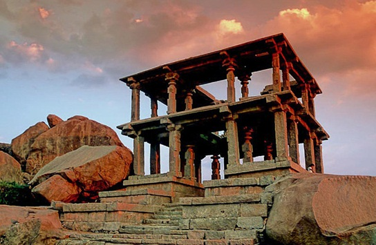 Cheap flights to India, weekend holiday getaways from Bangalore, what to see in Hampi