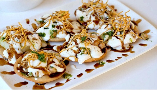 Chaat food culture in India, papri chaat in indore, street foods of Indore