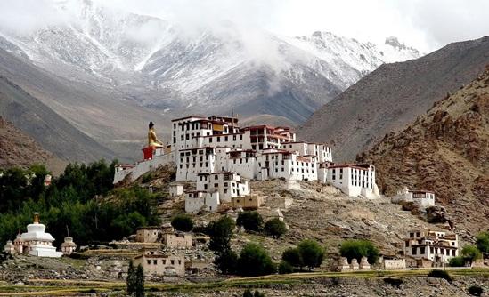 best Ladakh monasteries, what to see in Leh ladakh