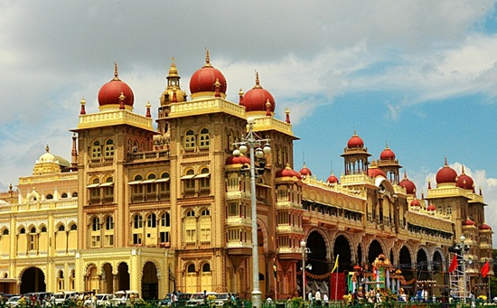 Mysore Palace, Dussehra Festival of Mystore, national heritage sites in India, Indian Eagle travel blog
