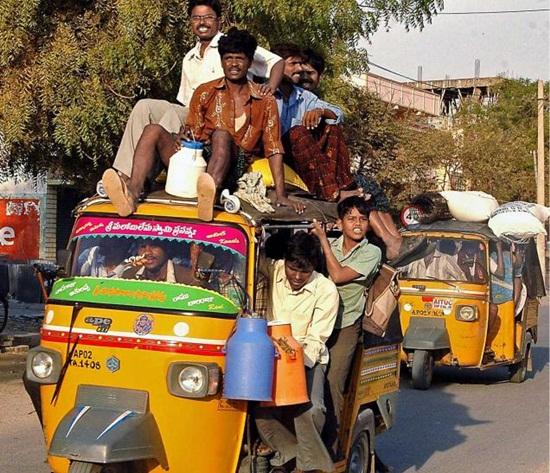 crowded autorickshaws, auto rickshaws during transport strikes in India