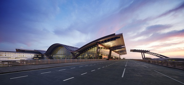 Qatar Airways' new hub, hamad international airport details, world's top 10 airports, Indian Eagle cheap flights