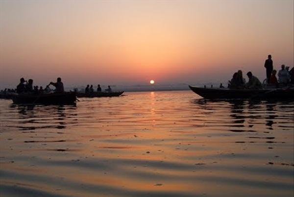 new AC tourist trains India, special pilgrimage trains India, buddhist pilgrimage in India