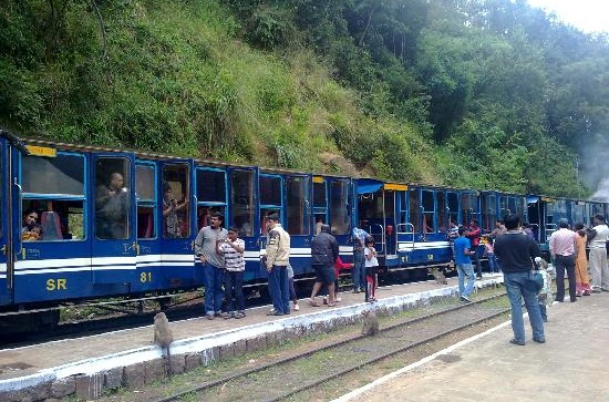 tourist attractions of ooty, south indian hill stations, cheap flight to Bangalore international airport