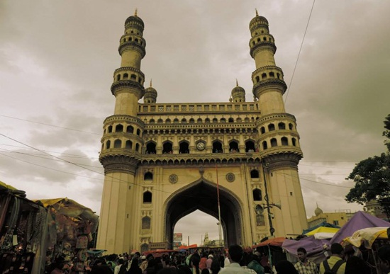Old City market Hyderabad, Ramazan bazaar around Charminar