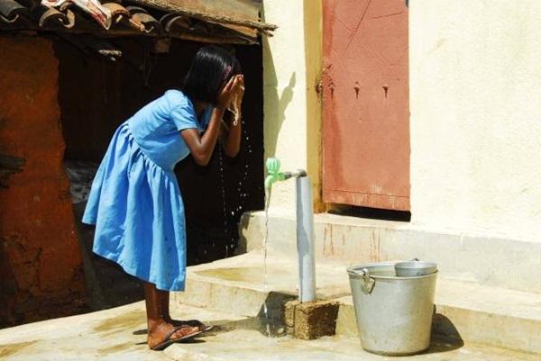 Open defecation In India, Bekkinakeri village in India, stories of rural India