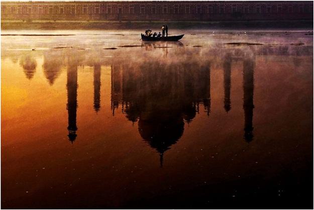 10 quotes about the Taj Mahal, old photographs of Taj Mahal