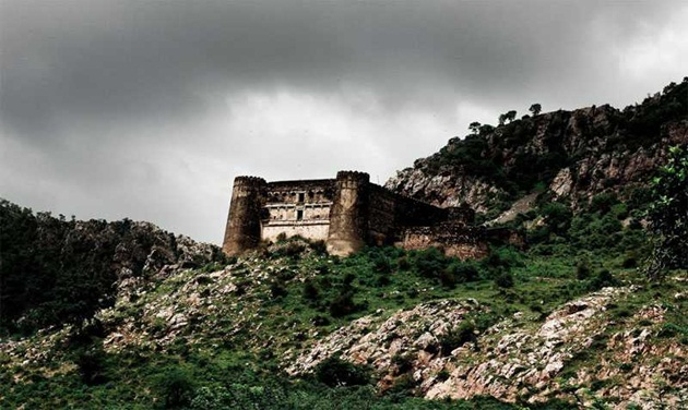 Bhangarh fort stories, offbeat India, most haunted places in India, forts of Rajasthan