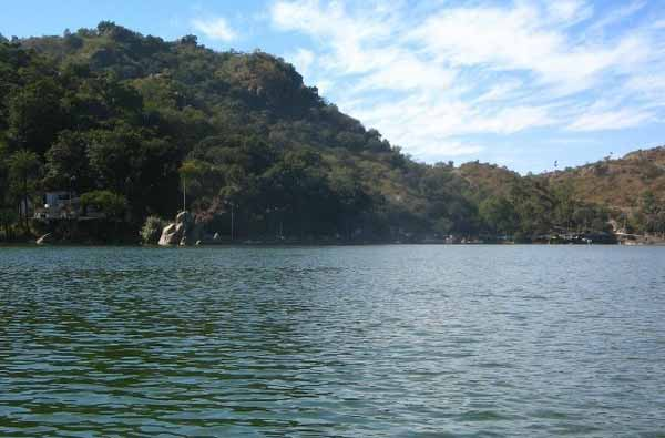 Mount Abu: Only Hill Station for Romance with Nature in Sands of Rajasthan