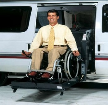 Does United Airlines let special travelers fly with wheelchair?