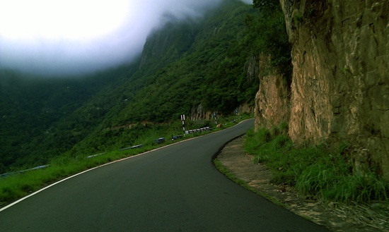 Munnar sightseeing, Munnar tourism in Kerala, best south Indian hill stations