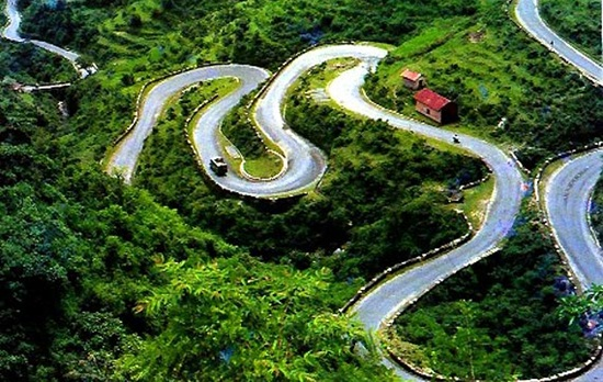 Dehradun to Nainital road trip, best road trips in India