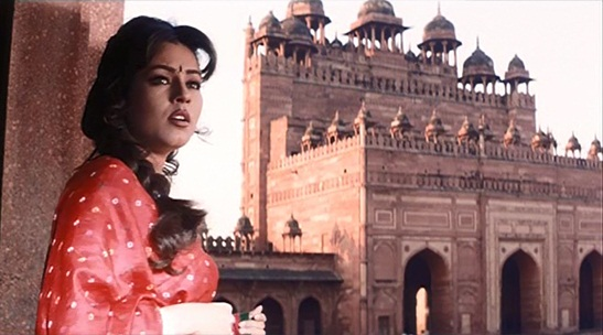 Shooting location of pardes movie, tales of love and travel in Bollywood