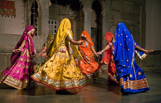 puppet dance in Udaipur, things to do in Udaipur, Bagore ki Haveli in Udaipur