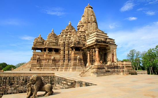 Khajuraho temples, forts in Madhya Pradesh, Bundelkhand tourism, Gulaab Gang bollywood movie, Sampal Pal