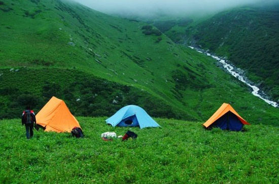camping in dalhousie, adventure in himalayas, himachal pradesh hill stations