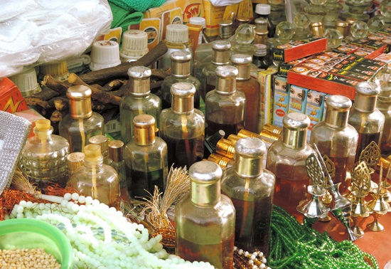 attar in old city market Hyderabad, where to buy attar near Charminar, Indian Eagle travel blog