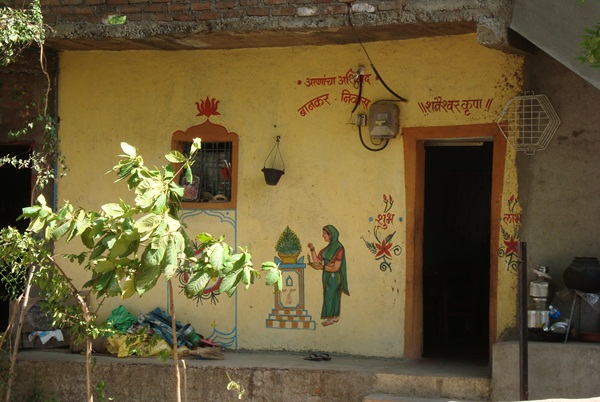 a vilage with lockless homes in India, IndianEagle travel blog