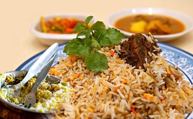 History of Hyderabadi Biriyani, amazing facts of Hyderabad, best foods to eat in Hyderabad
