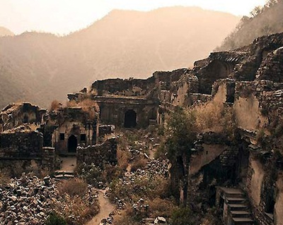 Bhangarh: The Haunting Stories of the Haunted Fort