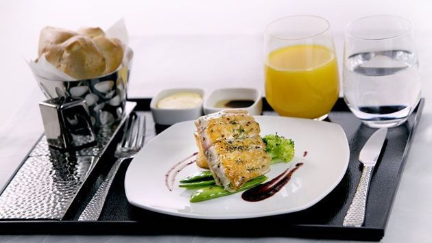 Etihad Airways' new dining sets for First Class, Etihad Airways' new dining menu, IndianEagle travel
