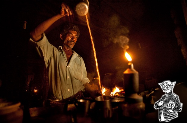 chai wallah in India, photography of common man in India,