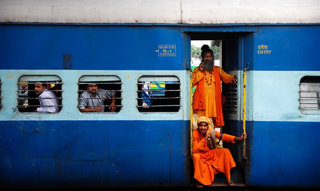 money-saving tips for backpacking, tips for budget travel, overnight train journey in India