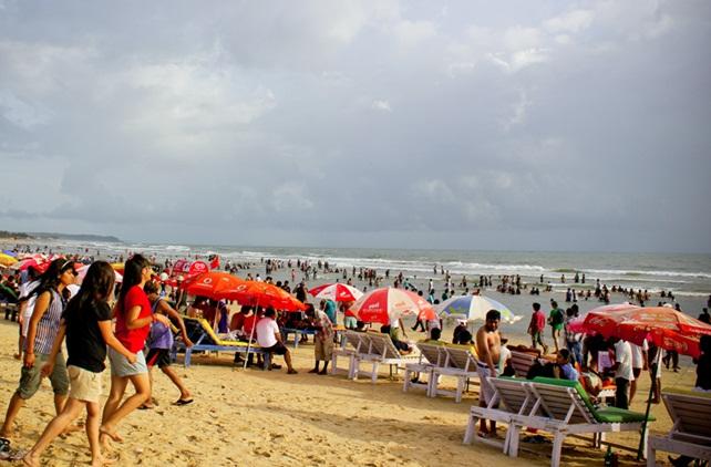 Goa beaches, goa adventure, goa restaurants, goa travel guide, IndianEagle flights