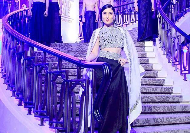 Kareena Kapoor fashion, Anamika Khanna shows, Deepika in Lakme India fashion week