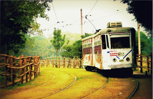 Journey of Kolkata Tram from British Calcutta to Modern Kolkata: Interesting Facts