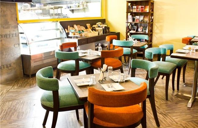 hangouts in Delhi, book cafes in Delhi, IndianEagle flights