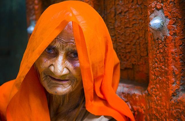 women of Gujarat, rural life photographs, IndianEagle