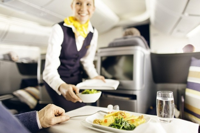 Lufthansa's Business Class Meal Service Got Restaurant Makeover