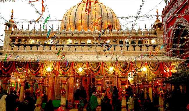 tombs in old delhi, unusual facts of delhi, attractions of delhi india