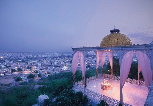 Interesting things to know about taj falaknuma palace for Terrace meaning in urdu