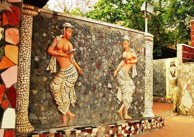 Chandigarh rock garden, Odisha artisans, new India tourist attractions