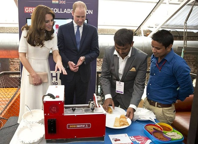 Prince William & Kate Middleton's Dosa Making Experience in India
