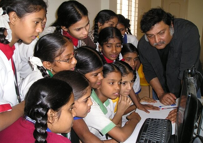 professor sugata mitra, school in the cloud, virtual school in rural bengal