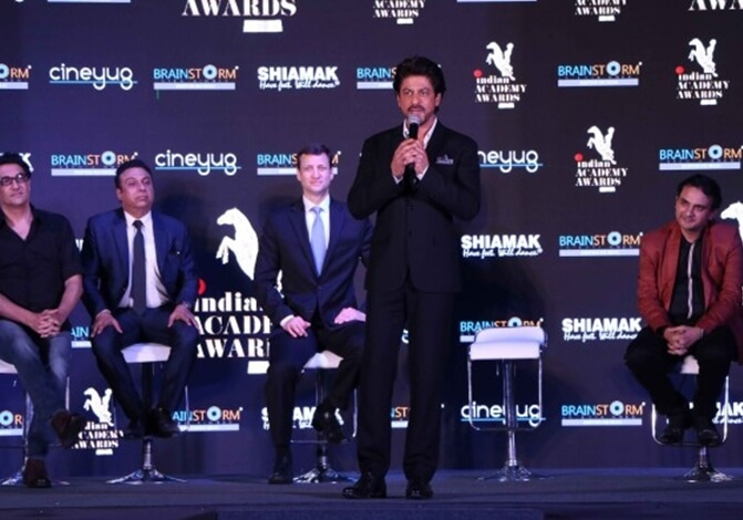 California to Go Gaga over Shah Rukh at Indian Academy Awards 2017 in San Francisco Bay Area