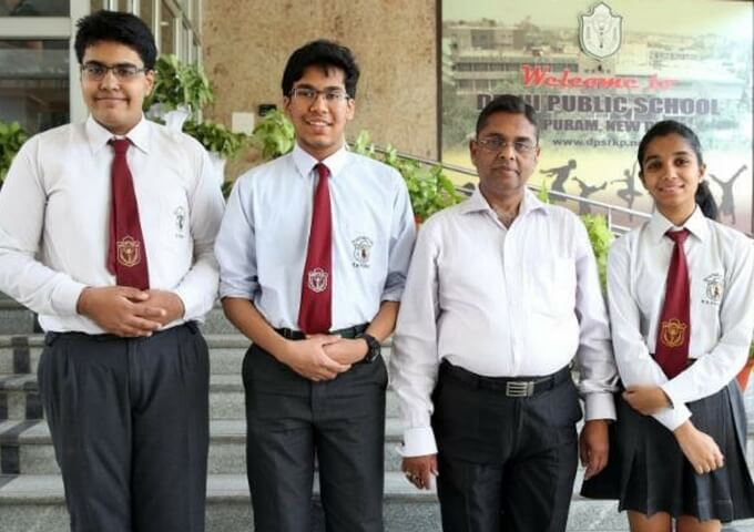 Two Indian Students Win Grand NASA Prize 2017 for Their Underwater Human Habitat Project