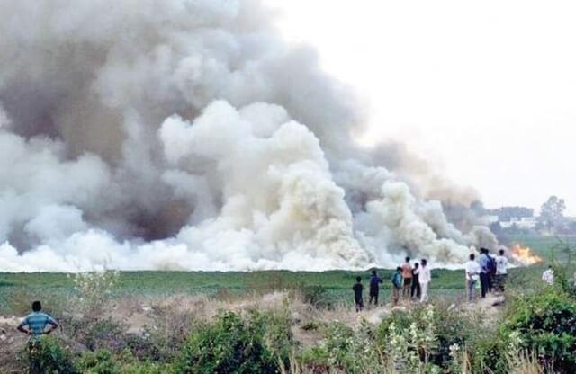 Water pollution India, bengaluru lake fire, Bengaluru lake pollution