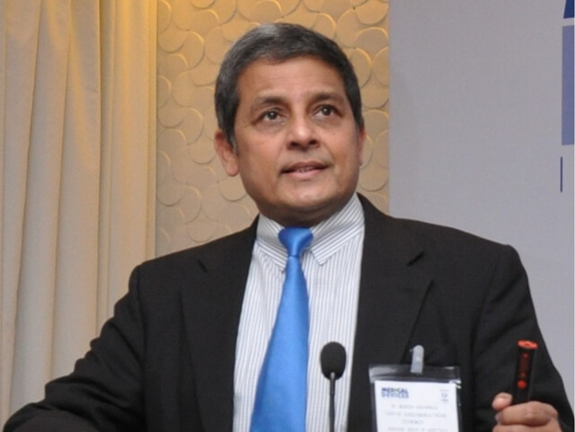 Indian American Cardiac Surgeon Mukesh Hariawala Bags Visionary of the Decade Award from India