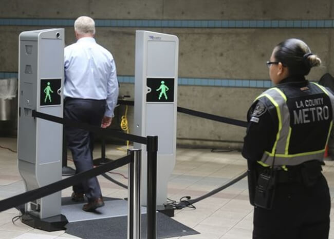 Los Angeles subway security, USA news, US subway body scanners