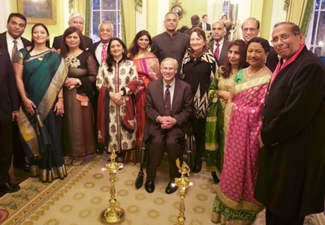Texas Governor Celebrates Diwali and Praises Indian Americans' Voluntarism during Harvey
