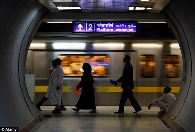 Delhi Metro Rules in New Baggage Size for All Commuters including Airport Passengers
