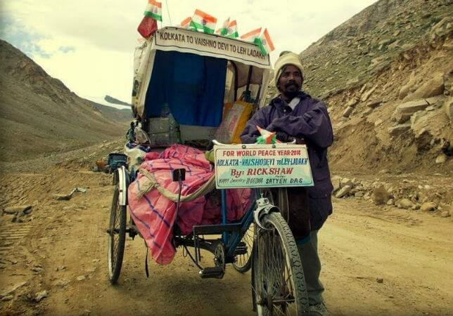 This Indian Rickshawala's Documentary on His Rickshaw Journey to Ladakh Wins National Film Award