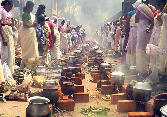 Attukal pongala kerala, festival of cooking pots kerala, festivals for Indian women