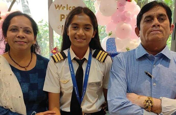Maitri Patel Takes to Skies as India's Youngest Commercial Pilot at 19 after Training in USA